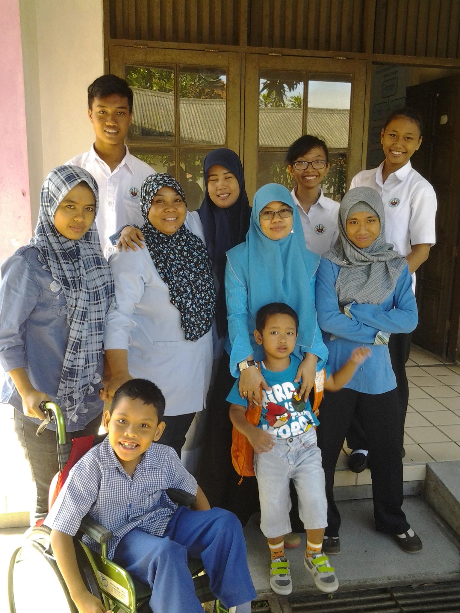 Mahasiswa  Jurusan Okupasi Terapi  Melakukan Praktek Klinik Di Sekolah Autis Mitra Ananda